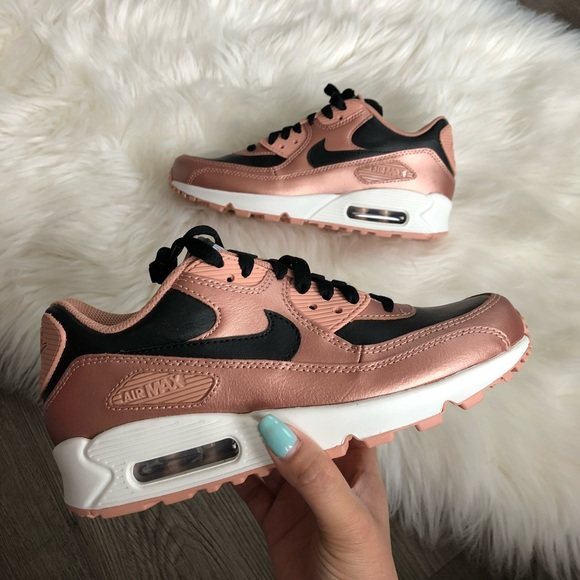 competitive price 1ab6d 45f14 Brand New Nike ID Air Max 90 Rose Gold + Black